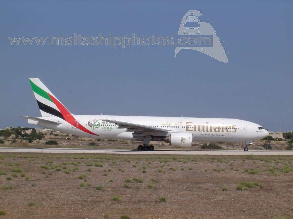 Emirates Airlines, UAE - A6-EMG Boeing B777-21HER - 22.09.2005
