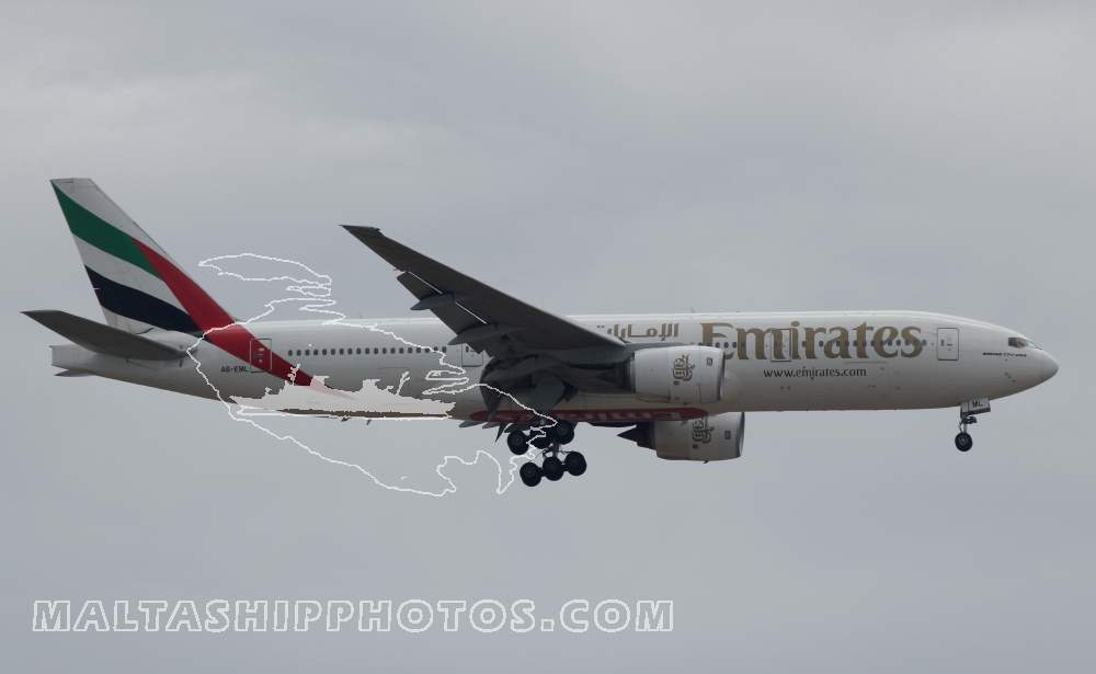 Emirates Airlines, UAE - A6-EML Boeing B777-21HER - 01.06.2013