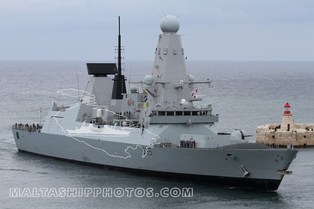 D35 HMS Dragon no 1 - 10.11.2013