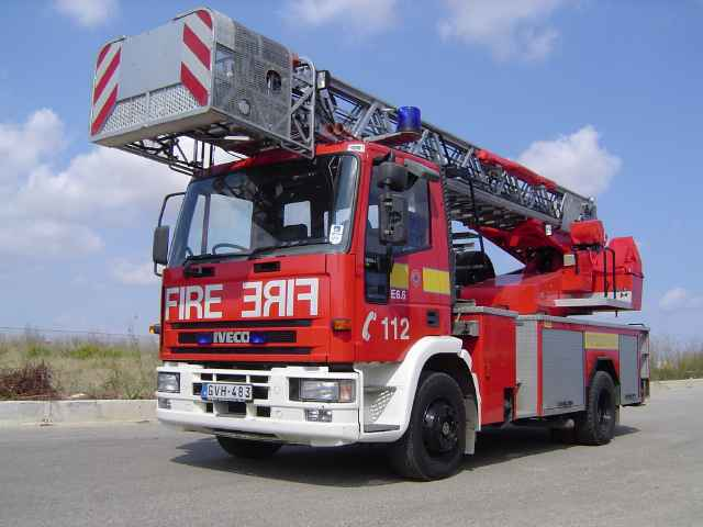 Civil Protection Department - Gozo  - GVH-483 Iveco 130 E24 turntable ladder - 11.10.05