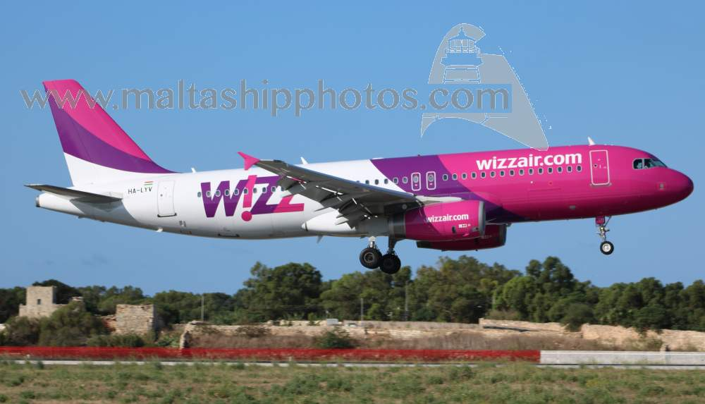 Wizz Air, Hungary - HA-LYV - Airbus A320-232 - 17.08.2015