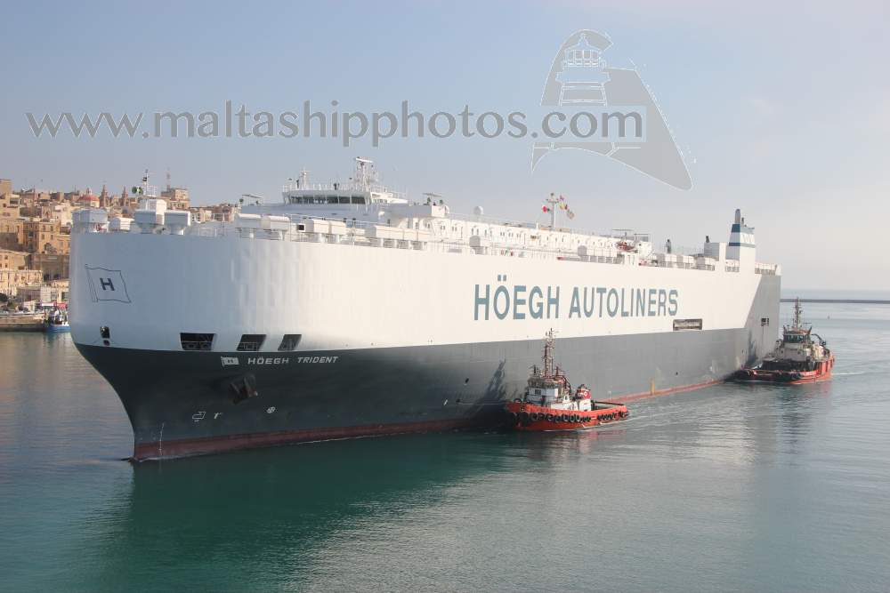 Hoegh Trident - 01.06.2012