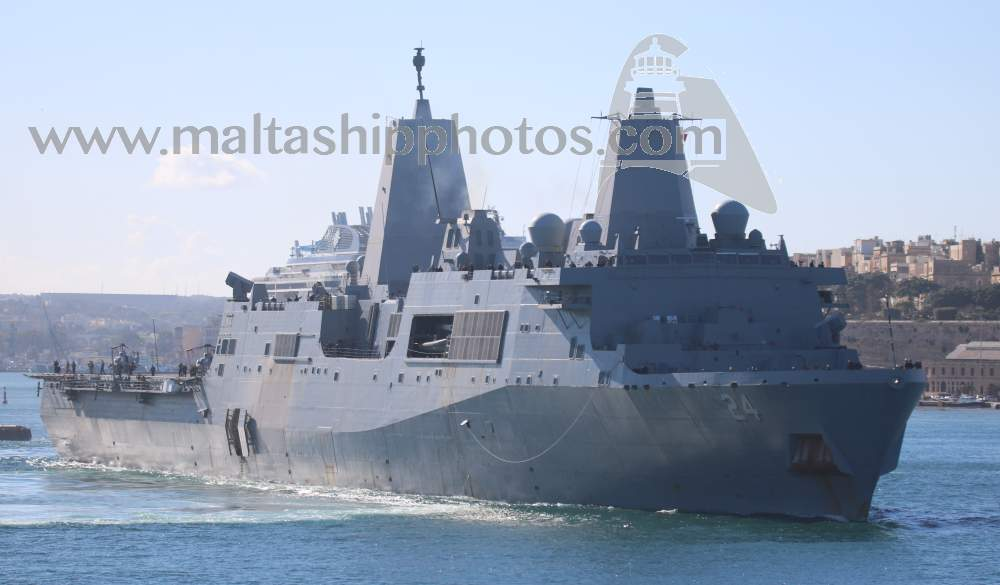 LPD 24 USS Arlington no 1 - 15.01.2019