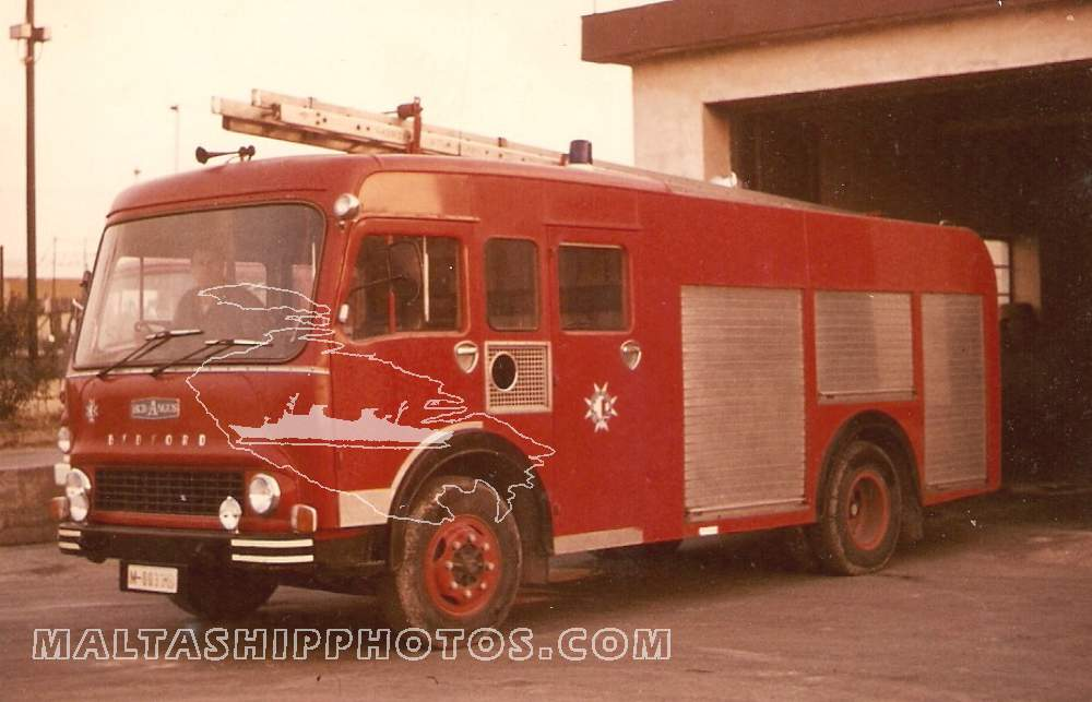 M-0033 Bedford HCB Angus Fire Tender
