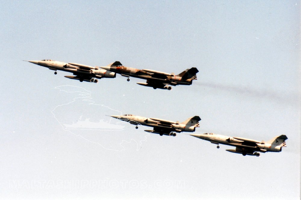 F104 Starfighters - 2001